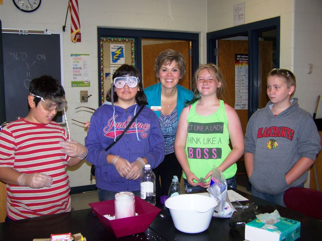 Judy Caudill with students at Starke County Youth Club-1714