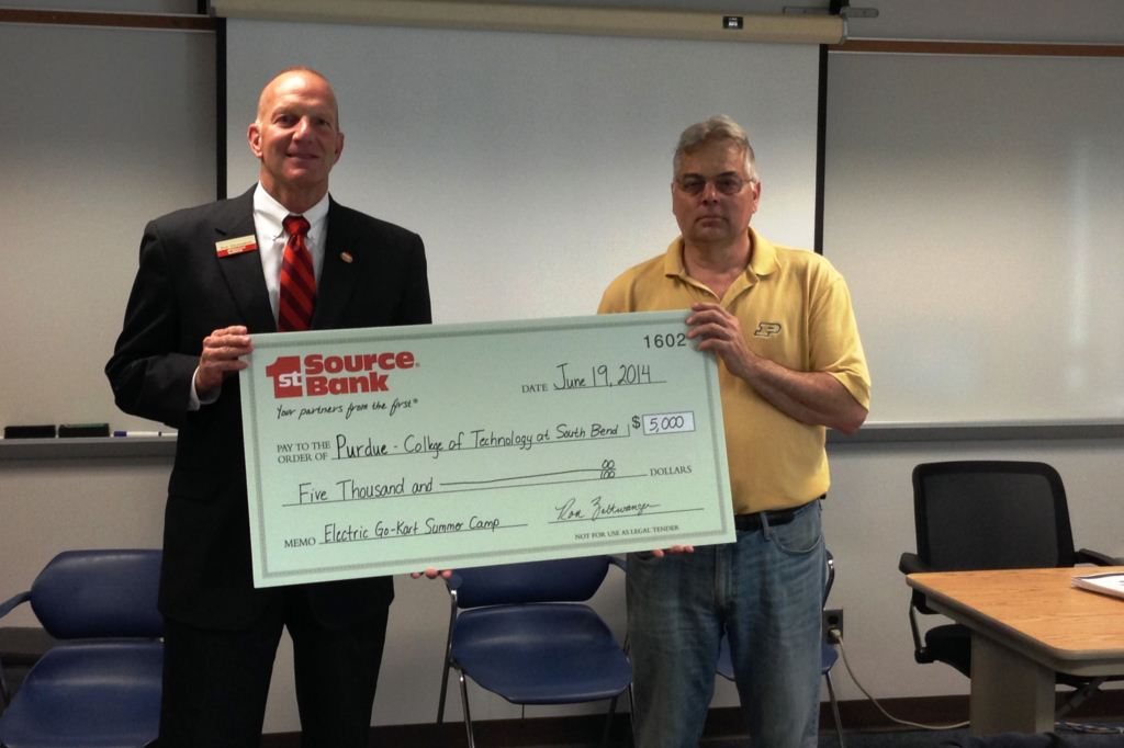 Ron Zeltwanger presents $5,000 donation to Professor Karl Perusich at Purdue College of Technology at South Bend